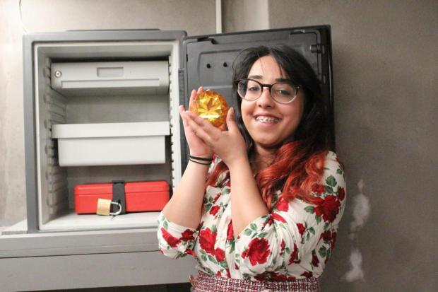 Knutsford Guardian: Lancashire Telegraph reporter Alima Nadeem with her hands on the prize jewel from one of the breakout rooms at Lucardo in Rawtenstall