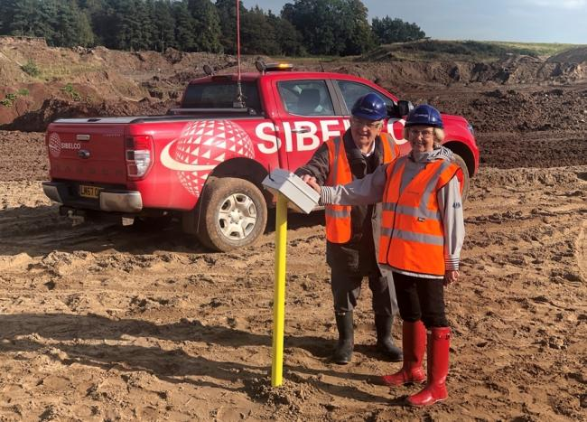 Mr and Mrs Roberts switching off the pump at Parklands Quarry