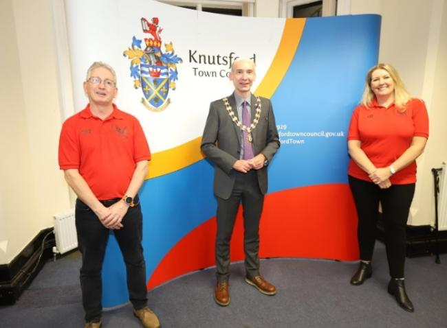 Liz Wallace and Pat O'Brien from Knutsford Vikings with Cllr Andrew Malloy