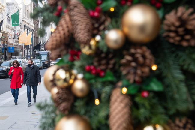 Plan for families to unite for 5 days over Christmas agreed