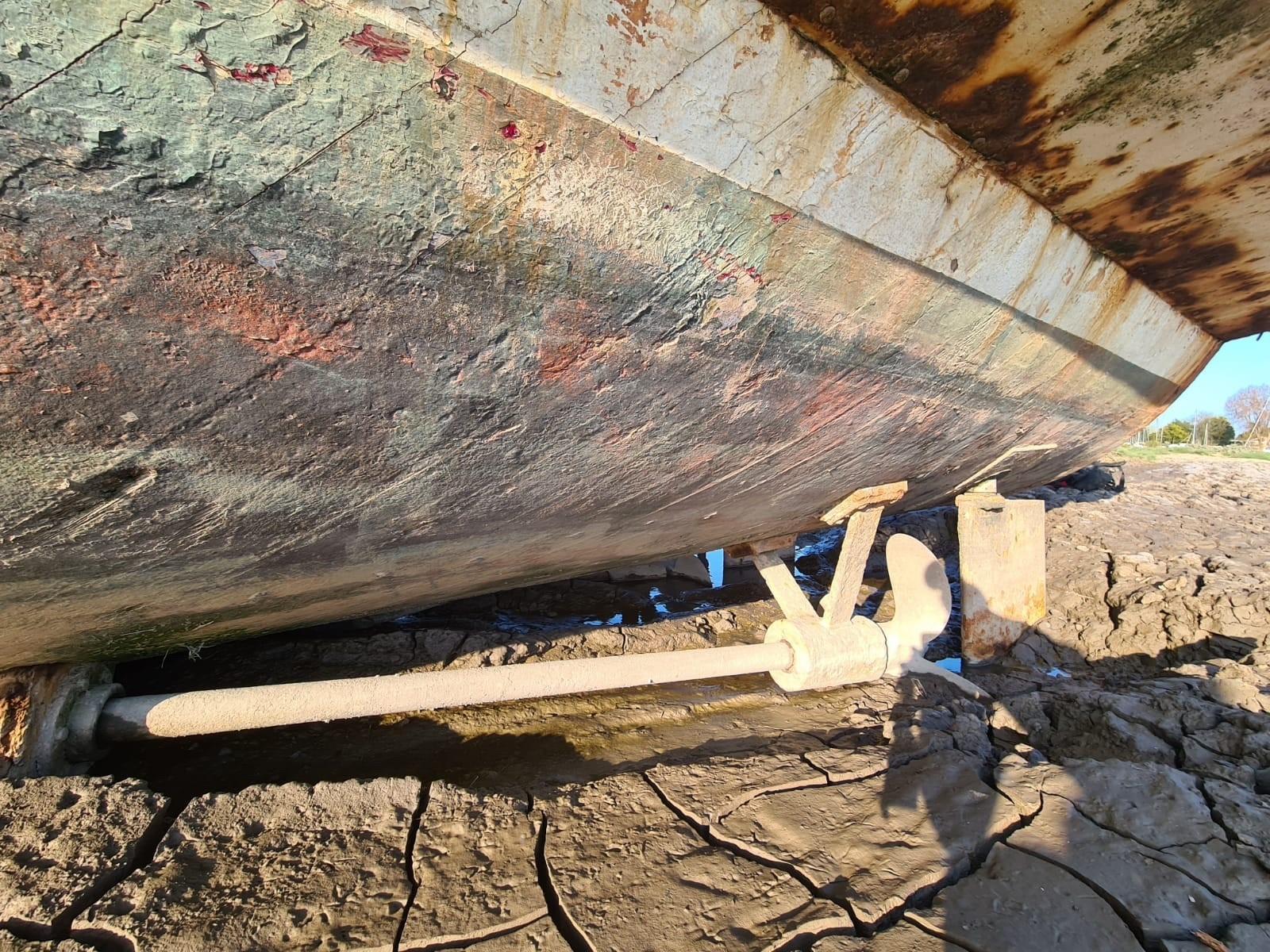Latest photos from the Robins family who are restoring a WW2 warship