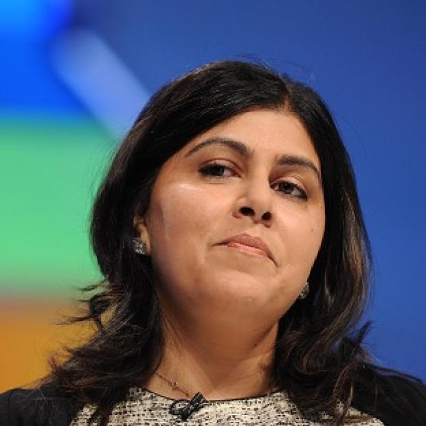 Baroness Warsi has pledged to co-operate with an inquiry into her expenses claims