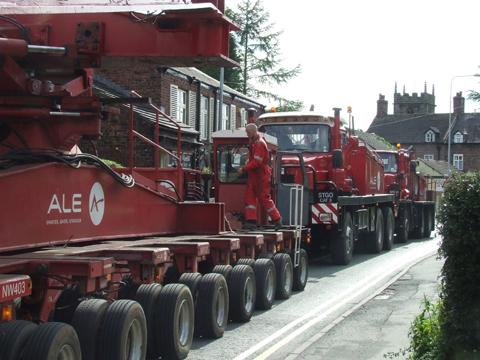 Low-loader breakdown closes Holmes Chapel for an hour