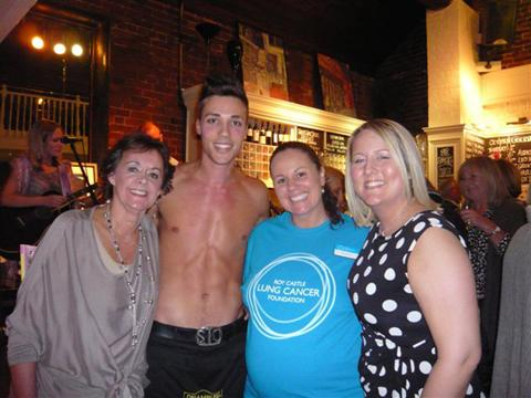 Jenny Meakin, Alex Ewart, Janine Drew from The Roy Castle Lung Cancer Foundation and Heather Crozier