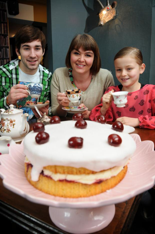 Bake Club aficionados Simon Fletcher of the Freemasons Arms, Lucy and Celia Farnon, nine                                                                              n124452