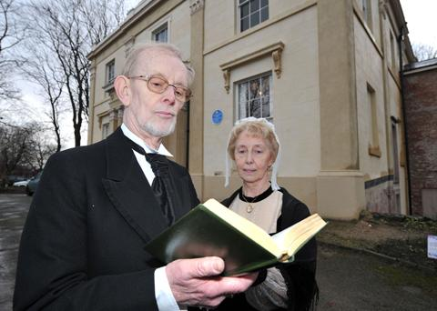 Gordon and Veronica Walker will be giving a 'talking heads'-style impression of Charles Dickens and Elizabeth Gaskell            Picture courtesy of Manchester Evening News