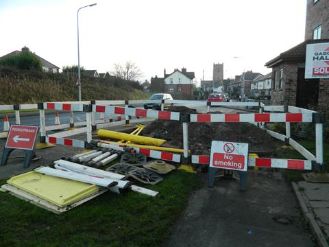 Knutsford Guardian: The area cordoned off to allow the repairs to the gas pipe