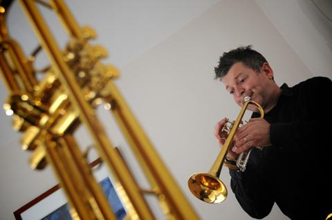 Gareth Small prepares for his forthcoming concerts     n125027