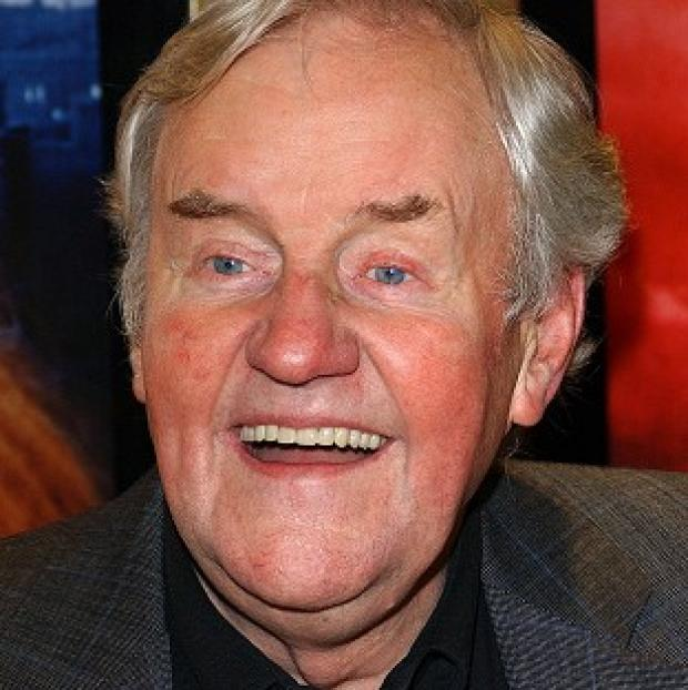 Richard Briers has revealed he is struggling with lung disease