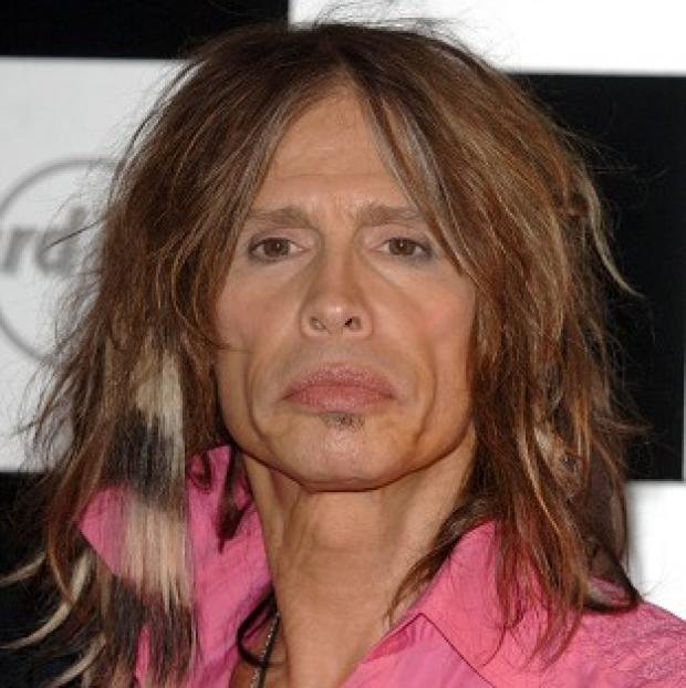 A bid to control the paparazzi in Hawaii has been dubbed the Steven Tyler Act