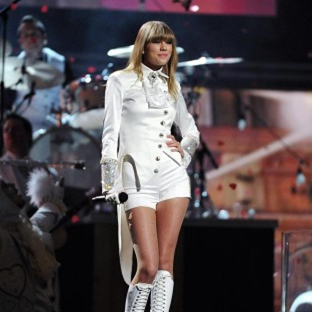 Knutsford Guardian: Taylor Swift opened the Grammys with her hit song