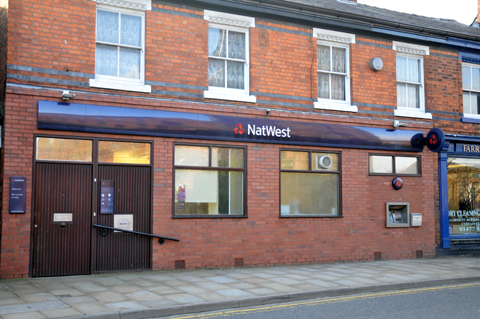 A 'sharp decline' in the use of a Holmes Chapel bank is being blamed for its closure
