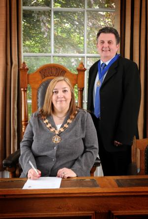 KNUTSFORD'S new town mayor has said she will do her utmost to promote the town during her year in office. Click here for more.