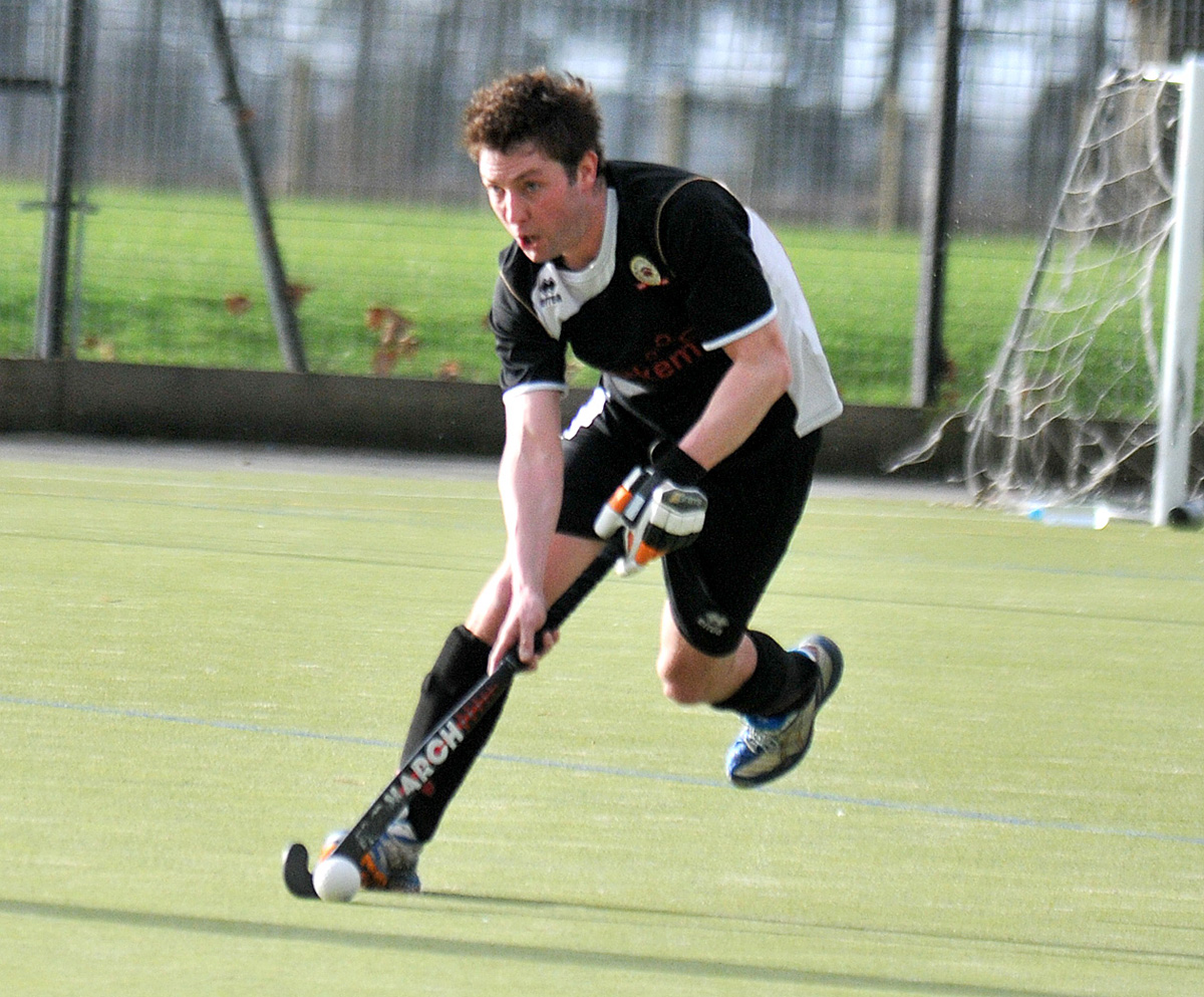 HOCKEY: Black Knights recover to score impressive victory