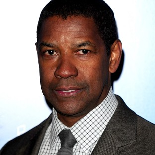 Denzel Washington is to tread the boards in a