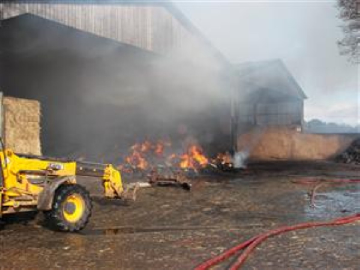 Crews tackle blaze at Holmes Chapel farm