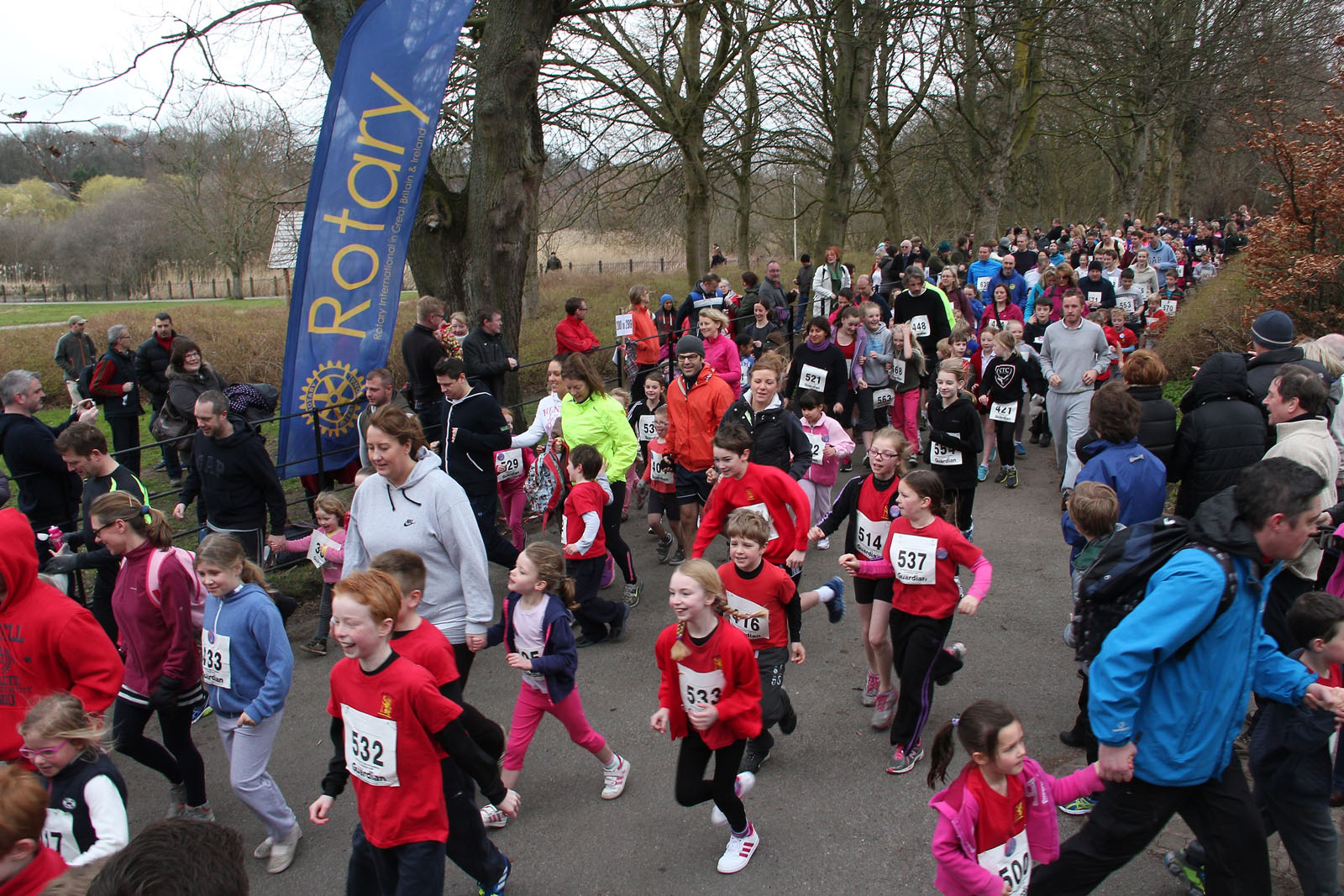 Record numbers take part in 15th annual Knutsford Jog