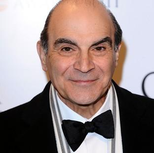 Knutsford Guardian: David Suchet will play Lady Bracknell on the London stage
