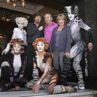 Trevor Nunn, Andrew Lloyd Webber and Gillian Lynne with performers from the musical Cats