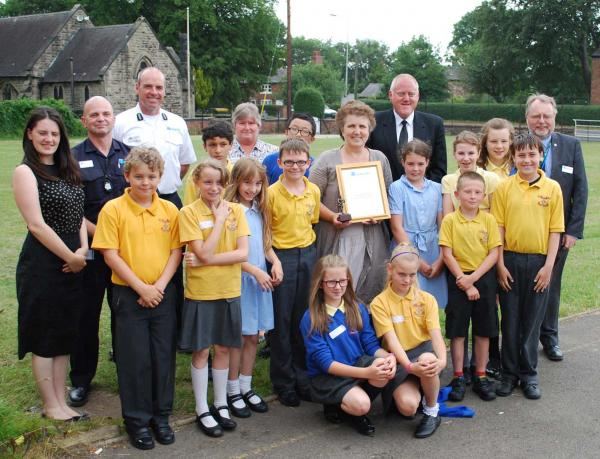Pupils praised for helping road safety in Little Bollington