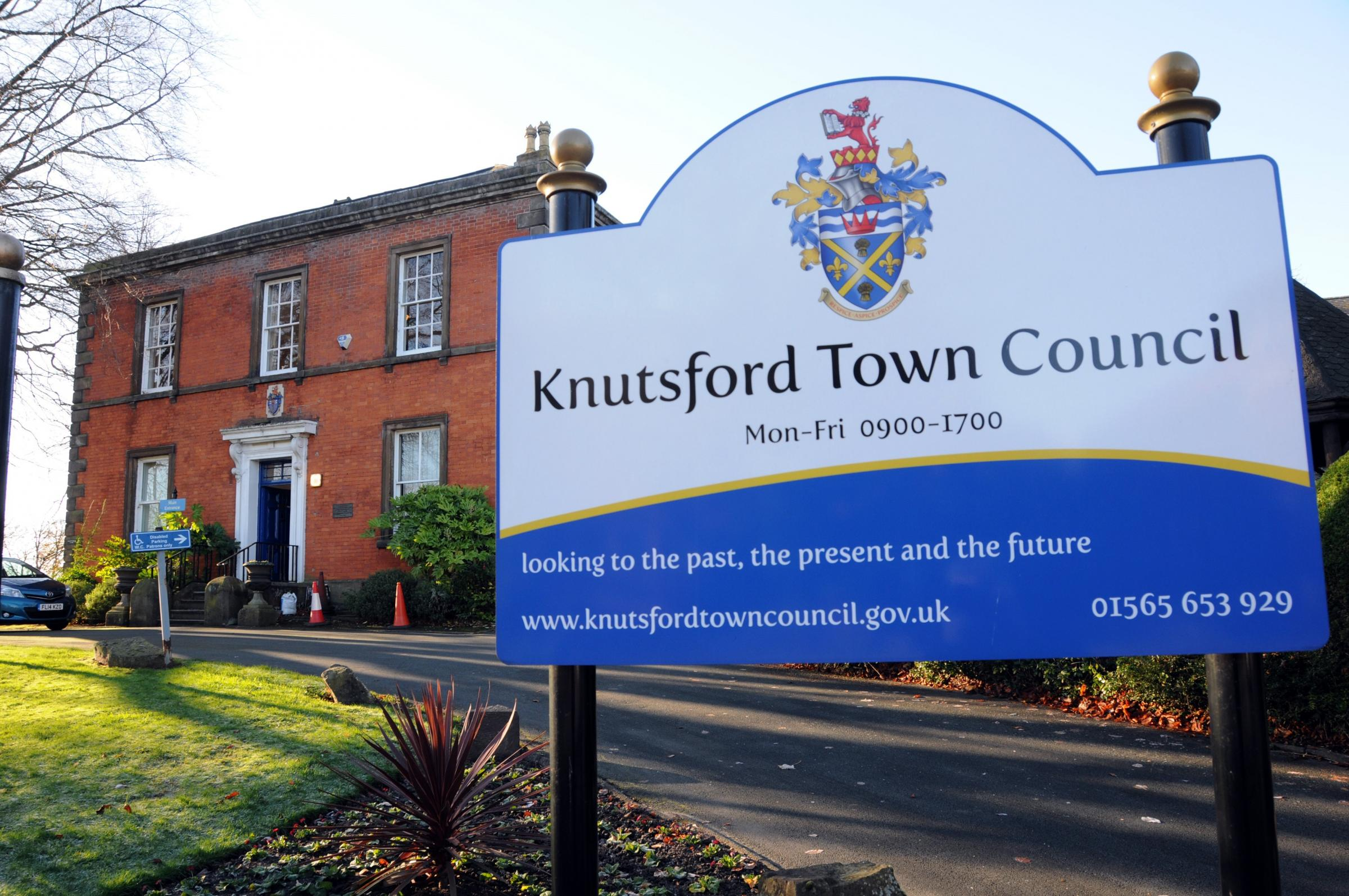 Knutsford Town council Building  301117.