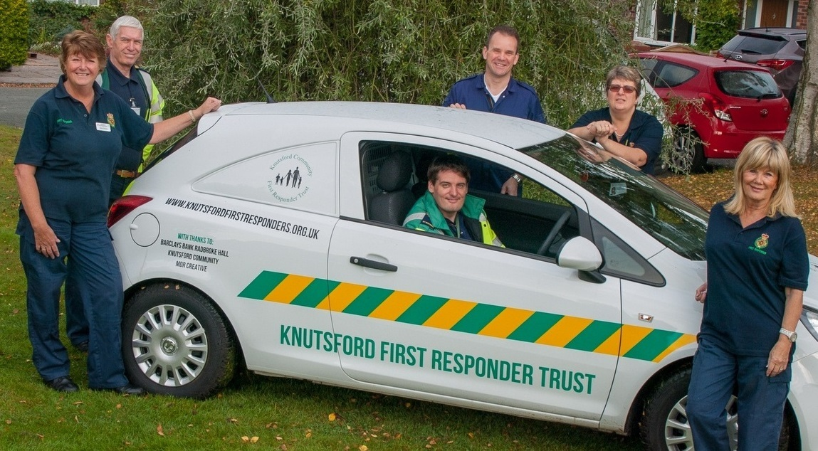 Sylvia Thomas, left and Jane Gibbons, right, with other Knutsford First Responders