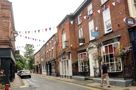 Knutsford votes to APPROVE the town's Neighbourhood Plan