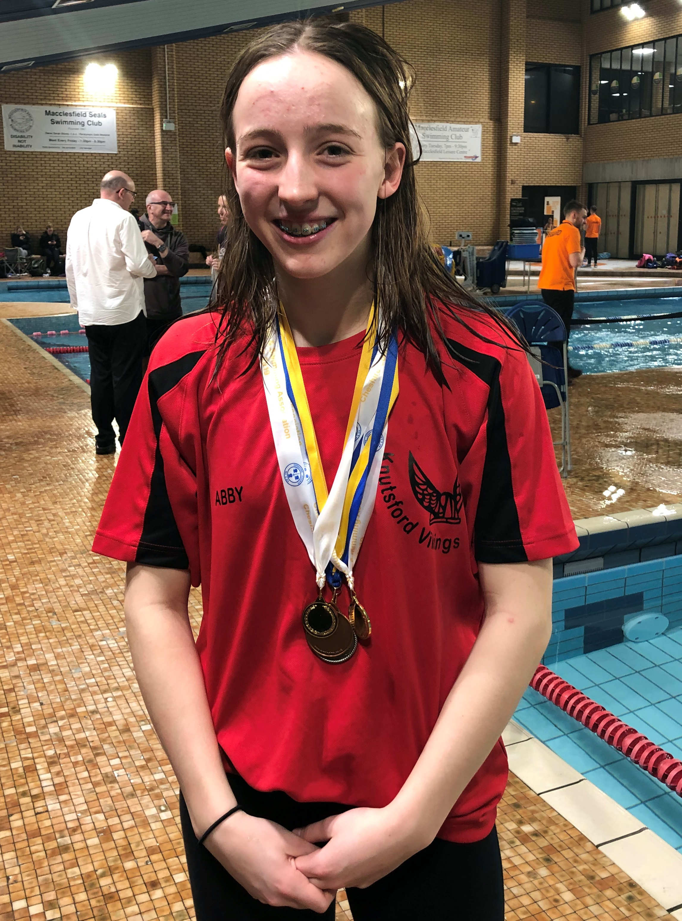 Improving Abby Comline won six medals, three of them gold in colour, for Knutsford Vikings during the Cheshire County and Age Group Championships at Macclesfield
